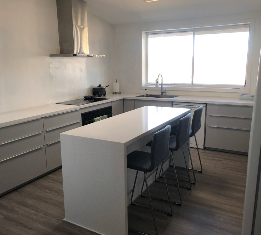 https://cankit.com.au/wp-content/uploads/2019/09/kitchen-renovation-canberra.jpg