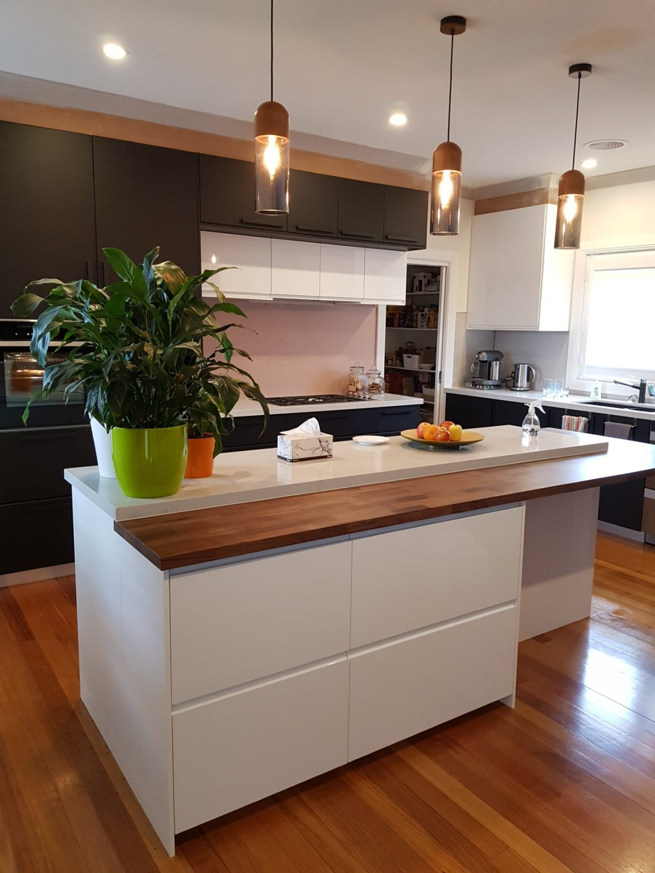 https://cankit.com.au/wp-content/uploads/2020/04/IKEA-Kitchen-Installation-Canberra-e1587698259345-1280x1707.jpg